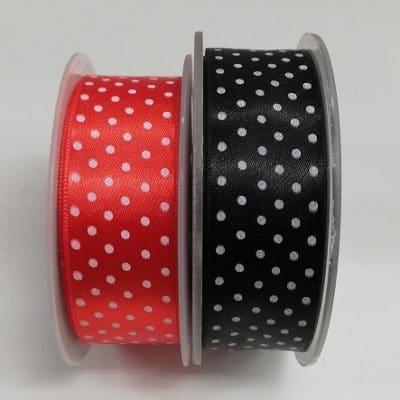 Сатенирана лента на точки за декорация 3 см - Satin ribbon of dots for decoration 3 cm