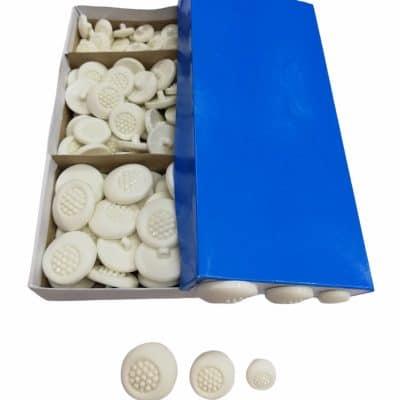 Дамски кръгли копчета в три размера-цвят Бели
