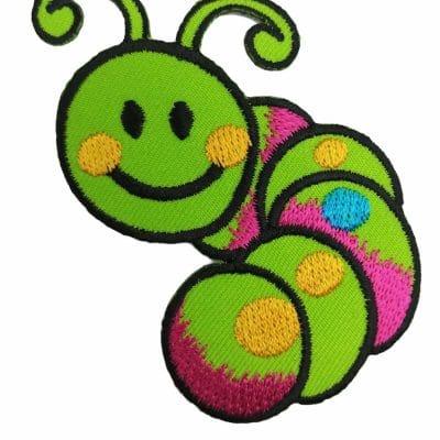 Апликация за дрехи и декорация-веселото червейче